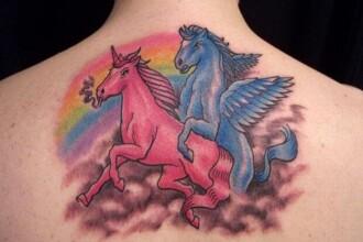 Vreti un tatuaj? Ganditi-va la