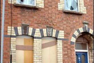 Biserica din Belfast care a adapostit cele 22 de familii de romani, atacata