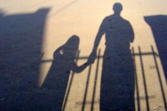 50 de rude pot decide soarta unui copil adoptabil in Romania