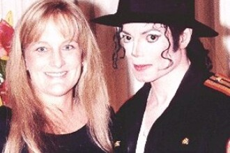 Debbie Rowe s-a razgandit! Vrea custodia copiilor lui Michael Jackson!