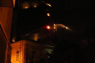 Incendiul de la blocul Millenium reaprinde controversele la nivel inalt