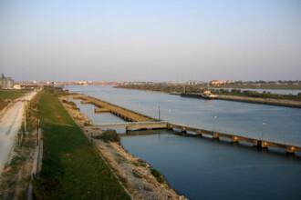 Dunarea, in pericol. Imbunatatirea navigatiei ar putea insemna disparitia sturionilor din fluviu