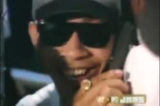 Este sau nu Barack Obama in clipul din 1993 'Whoomp (There It Is)'?