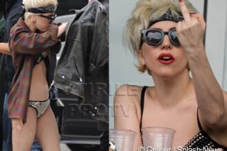 Lady Gaga, in chiloti pe strada, saluta: F**k you!