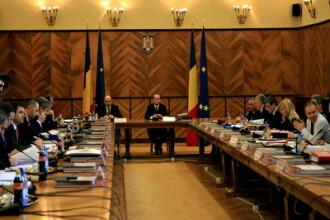 In meniul Guvernului: remaniere, ministere comasate si reduceri de personal