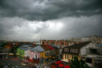 Informare meteo de vreme rea: ploi, instabilitate si grindina de vineri dimineata