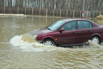 Un cartier din Iasi, transformat intr-un lac din cauza unei viituri