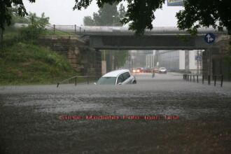 Imagini apocaliptice! Apele inunda Romania