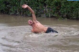 Inundatii ucigatoare. O femeie s-a inecat in curte, iar un tanar a disparut