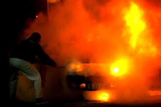 Incendiu puternic in Capitala izbucnit de la o candela lasata aprinsa