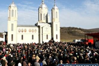 Patriarhia cere Parlamentului sa mai dea romanilor o zi libera pe an. Vezi care este propunerea