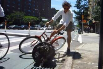 VIDEO. Cea mai violenta demonstratie. S-a incapatanat sa circule cu bicicleta pe pista. Ce a patit