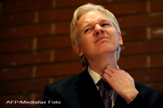 Mama lui Julian Assange: