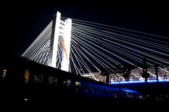 Cum a aratat Pasajul Basarab in noaptea dinaintea inaugurarii. Astazi s-a lasat cu scandal. VIDEO
