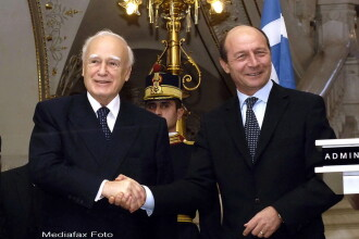 Basescu, presedintelui Greciei: Cu usurinta ati fi putut spune