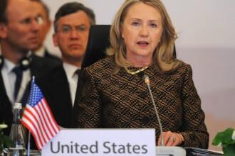 Hillary Clinton,una din cele mai puternice femei din lume,e de nerecunoscut.Cum o descriu americanii