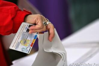 Biroul Electoral Central a tras la sorti ordinea numelor candidatilor de pe buletinele de vot. Cine este primul