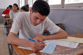 Studiu: Unul din cinci elevi din Romania abandoneaza scoala