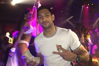 Fostul campion mondial la box, Amir Khan, s-a dezamagit fanii si logodnica pe Twitter. FOTO