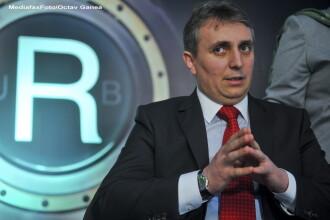 Vești proaste pentru români, de la Transporturi. Ce se întâmplă cu metroul, trenurile și autostrăzile