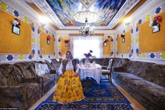 Imagini uimitoare din palatele romilor din Romania si Moldova, surprinse de un fotograf italian