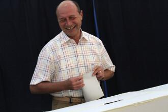 Ordonanta de urgenta: ICR, in subordinea Parlamentului. Basescu, catre Ponta: