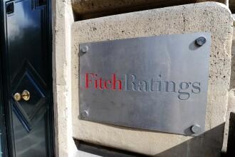 Fitch: SUA risca sa intre in RECESIUNE daca politicienii nu vor reusi sa evite