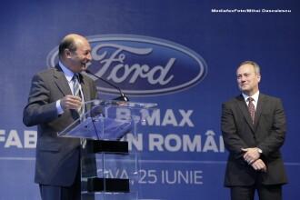 Presedintele Traian Basescu a cumparat primul model Ford B-MAX care s-a lansat la Craiova