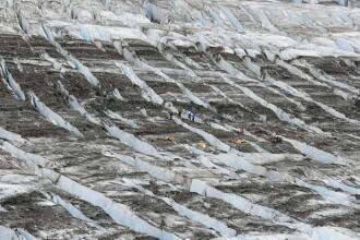 Avion cu 52 de persoane la bord, prabusit acum 60 de ani, descoperit intr-un ghetar din Alaska
