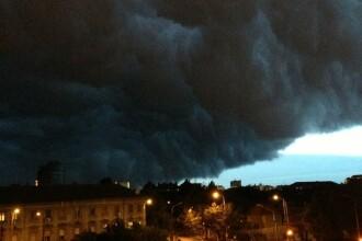 Imaginea saptamanii in Romania. Norul negru care a intunecat Timisoara in miezul zilei