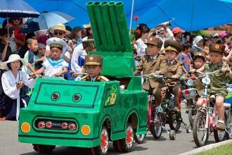 VIDEO. Parada militara a copiilor. Cum a sarbatorit Coreea de Nord ziua de 1 iunie