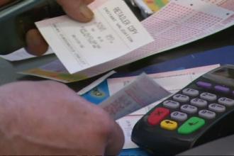 A castigat premiul cel mare la loterie, insa statul l-a anuntat ca nu poate sa ii dea toata suma. Cum s-a ajuns aici