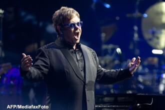 Oficiali ai Rusiei ii cer lui Elton John sa nu poarte tinute homosexuale la un concert din iulie