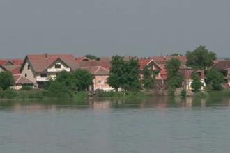 Imaginile primelor inundatii produse de Dunare in Romania. Cod galben in sectorul Gruia - Zimnicea