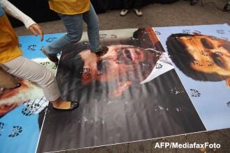 Inceputul declinului. Mahmoud Ahmadinejad ajunge la tribunal dupa o plangere a sefului Parlamentului