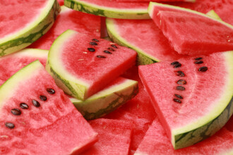 Unul dintre fructele preferate ale romanilor ar putea reduce presiunea arteriala si riscul de infarct