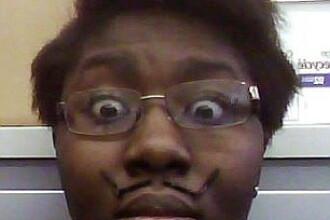O eleva din Statele Unite s-a sinucis dupa ce a fost prinsa in timp ce copia la un examen