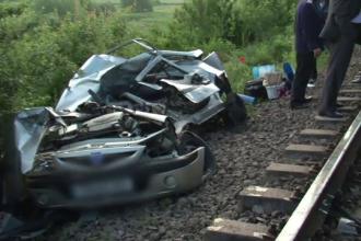 Doua persoane, sot si sotie, au murit pe loc, dupa ce masina lor a fost lovita din plin de un tren Sageata Albastra