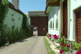 RUSALII 2014. Zeci de sasi se intorc in Romania pentru a sarbatori de RUSALII alaturi de familie si prieteni