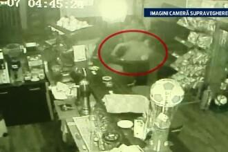 IMAGINI SOCANTE. Un politist este batut crunt intr-un bar din Bicaz, in fata prietenilor. De la ce a pornit intregul incident