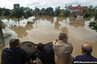 Inundatii in Bulgaria, pe malul Marii Negre. Doua persoane au murit vineri noapte
