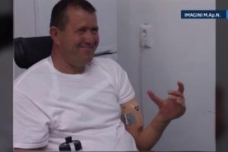 PREMIERA in Romania. Militarul roman care si-a pierdut bratul si ambele picioare in Afganistan a primit o mana bionica