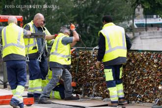 Lacatele de pe podul indragostititilor din Paris vor fi scoase de primarie. Cate tone cantaresc in total