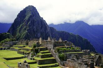 Doi turisti au fost arestati in Peru pentru comportament indecent. Cum s-au pozat in fata ruinelor de la Machu Picchu