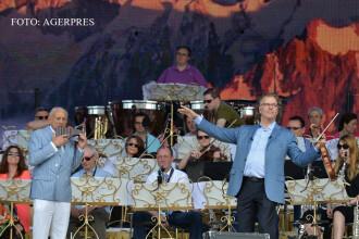 Andre Rieu le-a dat sfaturi stelistilor in timpul concertului sau. Un invitat-surpriza a facut publicul sa planga