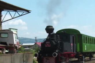 Pe o linie de cale ferata din Romania s-a reintrodus trenul cu aburi.