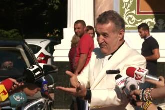 Fiul unui cuplu de politicieni a fost botezat de Gigi Becali cu numele lui Arsenie Boca. De ce darul nasului a fost secret