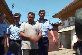 Barbat din Gorj arestat pe loc dupa ce fiica lui a dus la Politie inregistrari facute cu mobilul. Ce au aflat ofiterii