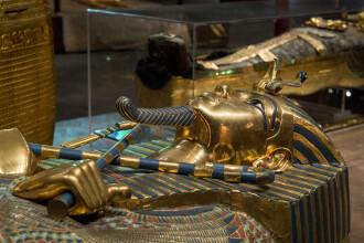 Descoperirea extraordinara facuta de cercetatori: pumnalul faraonului Tutankhamon ar fi facut din fierul unui meteorit