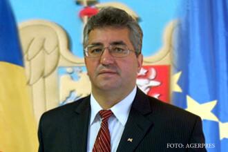 Medicii din Suceava nu vor să se implice în campania de vaccinare, spune primarul orașului. Cu cât ar fi plătiți